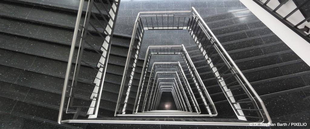 Arbeitsplatz • Haushalt • Treppenhäuser
