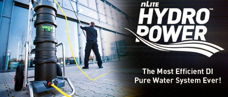 Fensterreinigung und Glasreinigung mit HydroPower Reinwasser Reinigungssystem – Expertenlösung!